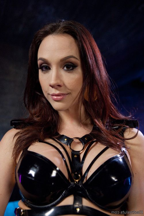 Chanel preston initiates new electroslut kira noir with bondage, the violet wand