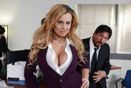 Sultry office slut Corinna Blake flashes bald cunt to co-worker