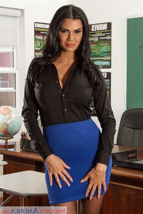 Jasmine jae fucked at work