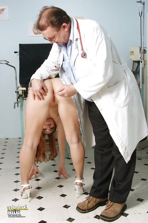 Kind Denisa Heaven undresses and obeys to every doctor
