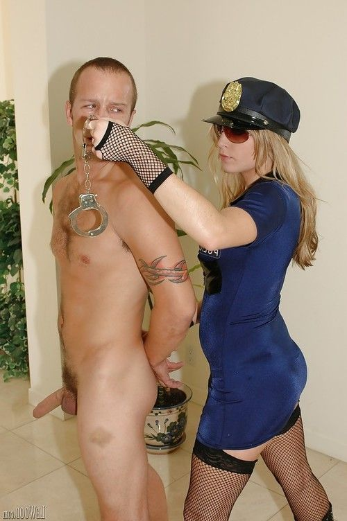 Police lady Harmony Rose uses a straopn to fuck lucky wrongdoer