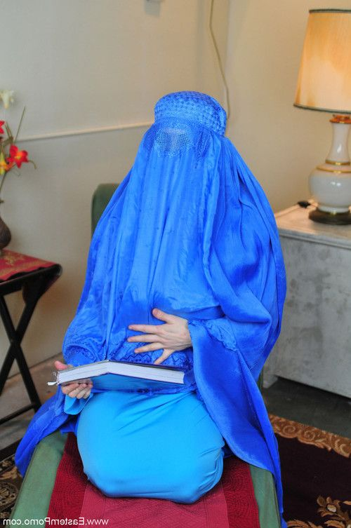 Big boobs muslim babe in paradoxia blasphemia