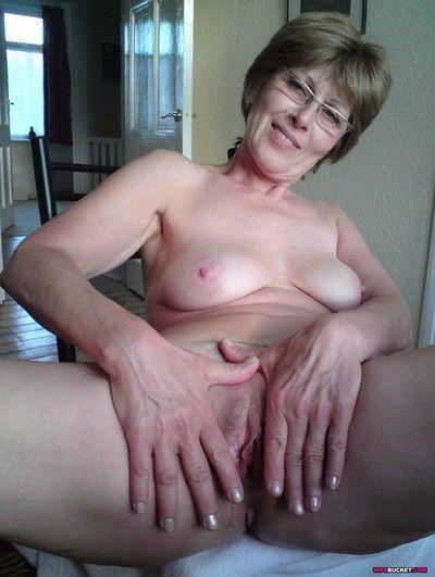 Compilation of amateur sex pics