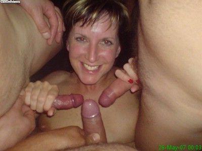 Nextdoor wives love sucking cocks