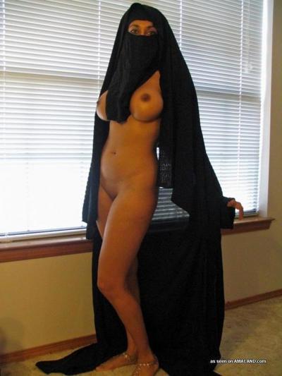 Dirty big-tittied girlfriend posing exposed