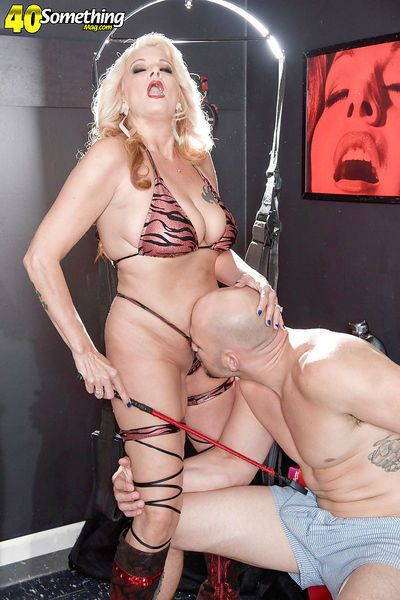 Busty mature blonde wife Brooklynn Rayne taking hardcore butt fucking