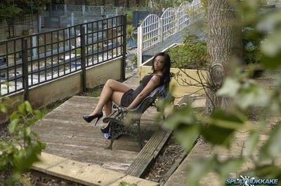 Gorgeous ebony babe lola marie looked amazing on her lunchbreak