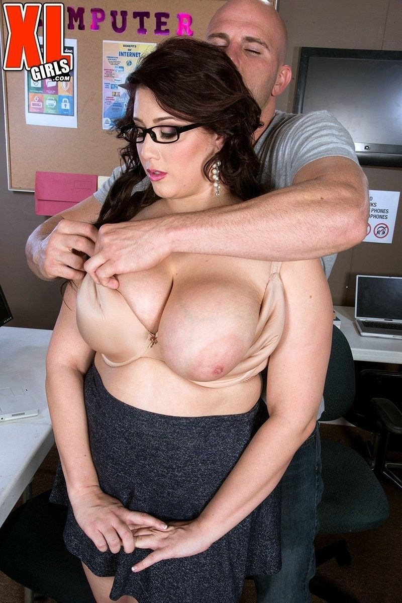 Uploading into office bbw angel angel deluca at Pussy Porn ...