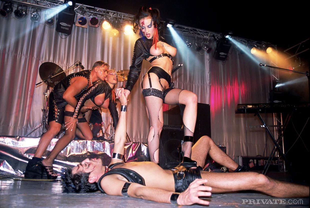Goth Sex Party Pictures Of Big Public Orgy At Pussy Porn Pics