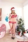 Hot milf sara jay deep throats under the xmas tree