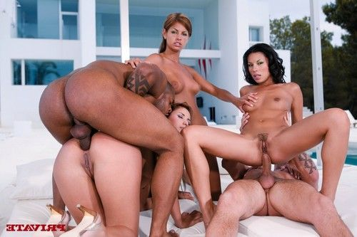 3 excellent princesses at ibiza sharing a wang in a foursome