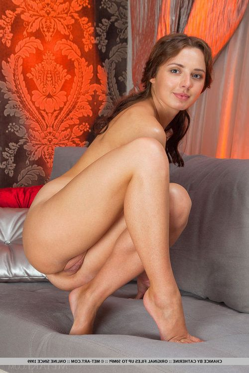 Euro babe next door Chanice revealing compact boobs and slit although posing undressed