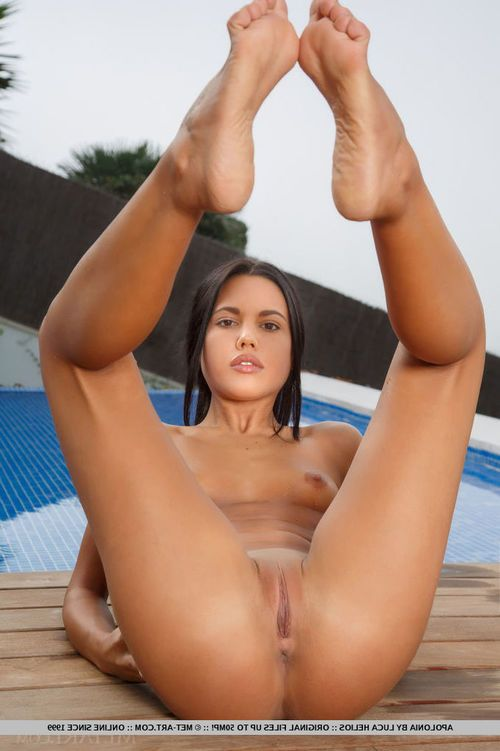 Glamorous raven-haired looker Apolonia fall in love with expanding her untamed legs