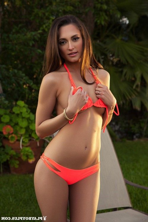 Deanna greene loses her orange bikini and standing in the unclothed
