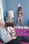 Seductive latin chick amateur Veronica Rodriguez purchases her constricted cunt screwed