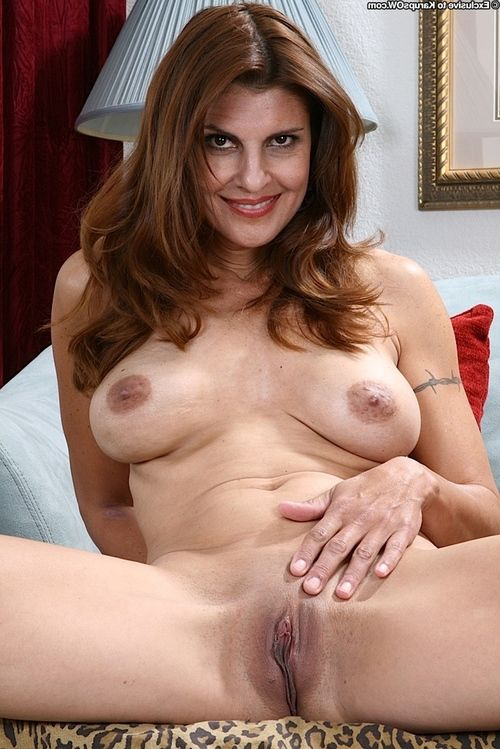 Steamy ready brown hair getting uncovered and exposing her clammy wet crack in close up