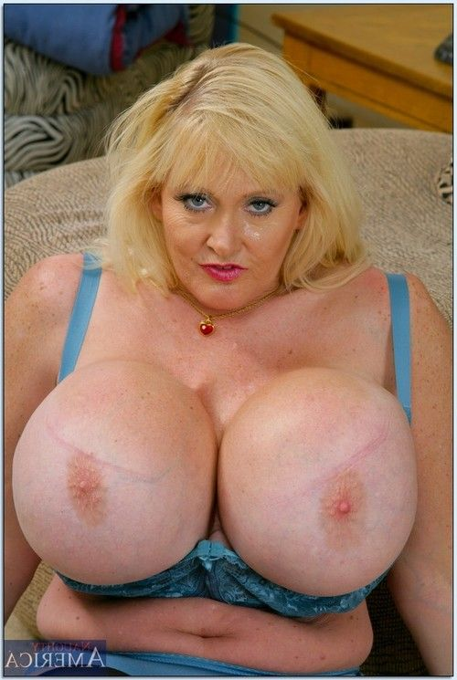 Corpulent mama Kayla Kleevage revealing intense hooters from blue lacy brassiere