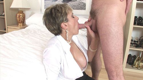 Golden-haired milf lady sonia uses her obsession skills