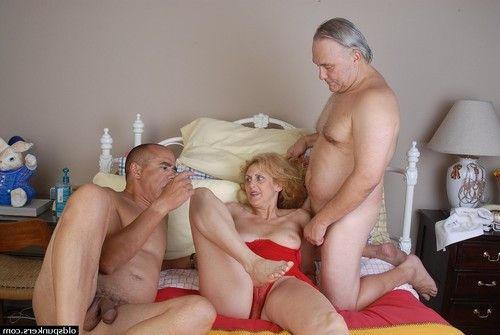MMF ripened two men plus one female with old spunker Dana getting spit roasted