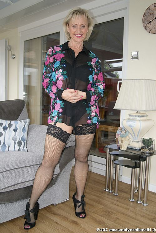 Fairy-haired grown bimbo Michelle Stockings expands her cage of love and jerks a jock