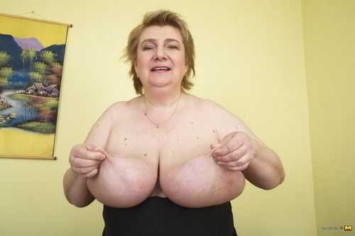 Mammoth breasted MILF showing off her dirty side