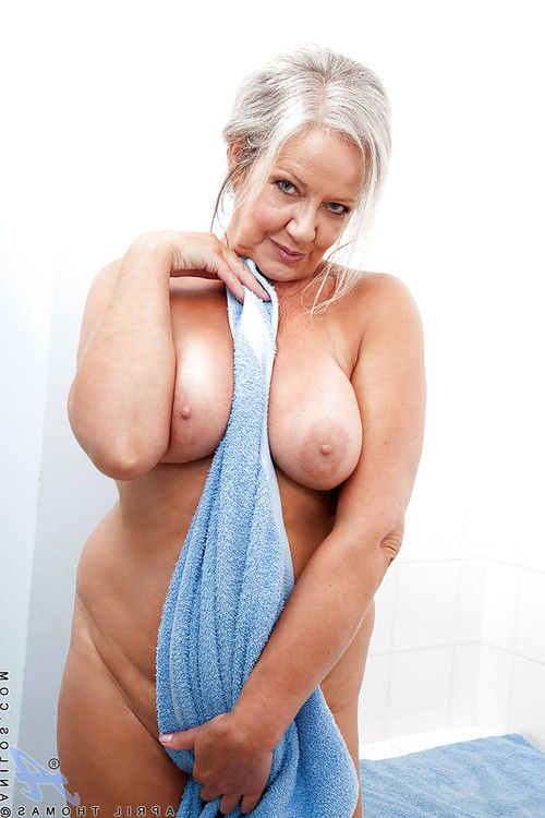 Fatty adult with rough saggy bra buddies playing with she is afterward bathroom