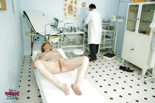 Aged in Glasses gets undressed her anus for a kinky cage of love exam by the Doc