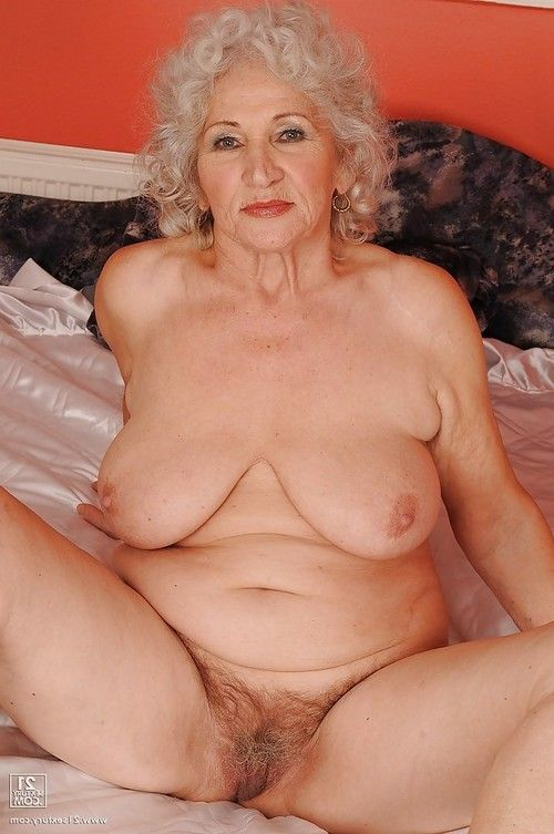 Vast busted grown up striptease off her underware and posing as mother gave birth