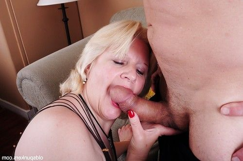 Fatty aged Toni into Fetish and a flavor of amateur spunk fountain on her face