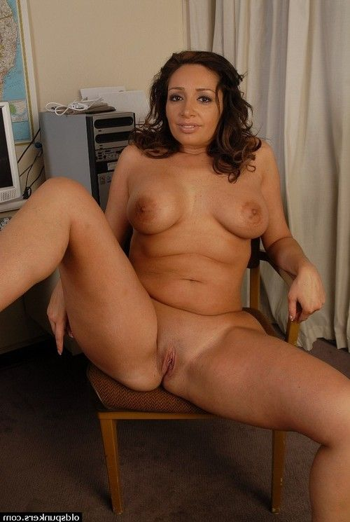 Amazing tanned calm Vannah is playing with dick her fabulous slit