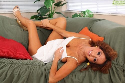Curvy adult Latin babe pornstar Tara Holiday sliding shorts aside to stripped love-cage