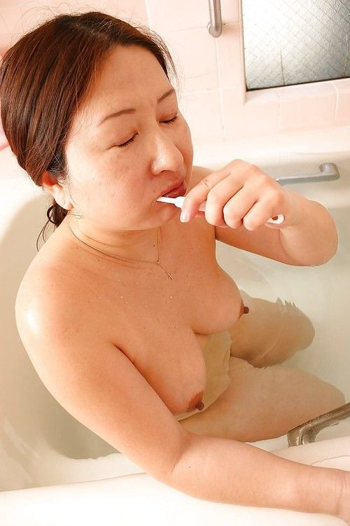 Overweight oriental elderly with saggy milk cans Miyoko Nagase lovely shower