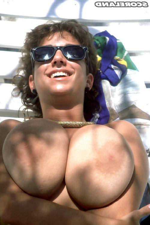 Placid beach queen Devon Daniels unleashing severe all common mangos