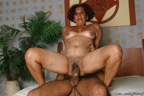 Placid lalin girl full-grown accepts drilled