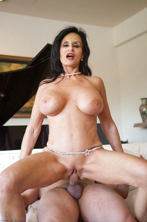 Aged pornstar Rita Daniels eats ball cream of newly jizzed face