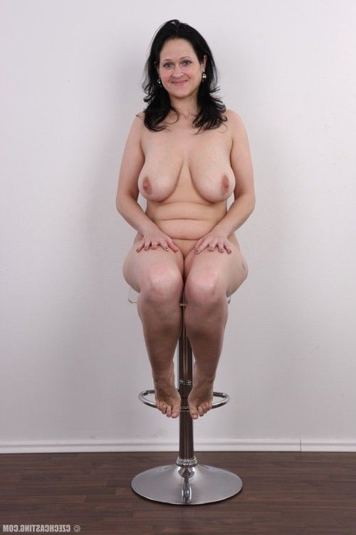 Bulky milf with vast pointer sisters