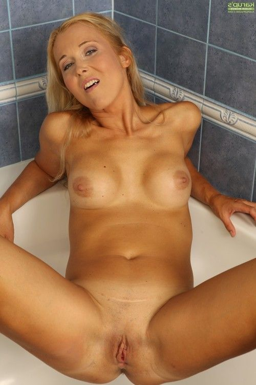 Anesa chance has her milf largest pantoons and waste shown in washroom