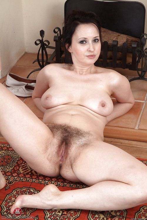 Leggy ripe dark brown falls underclothes aside to seep out hirsute twat