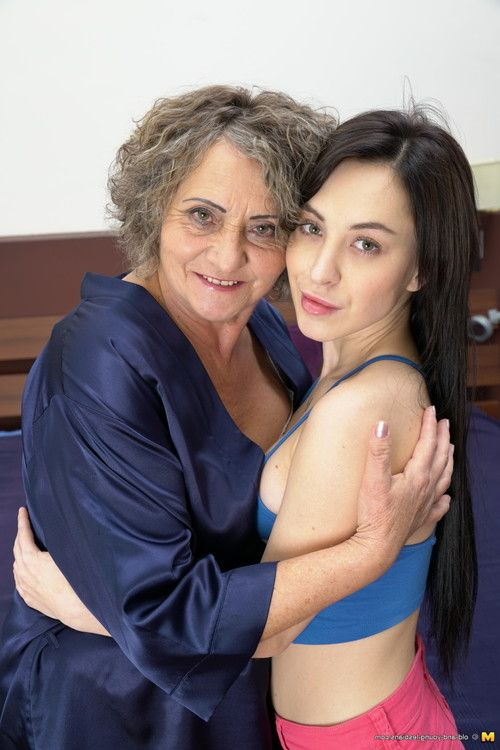 Old and youthful lesbian hotties assured know how to purchase naughty