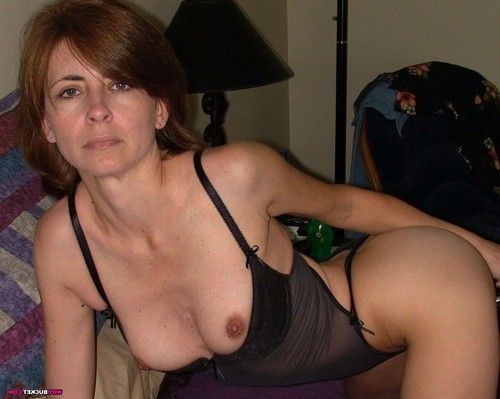 Mix of real milf images with anal sex