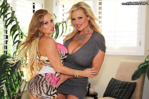 Naughty queen nikki delano purchases drilled in clammy two men plus one female
