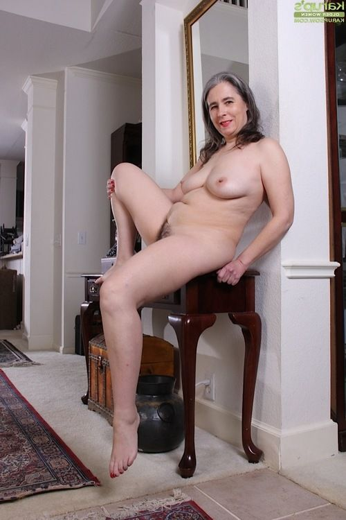 Grey haired ripe lady Lexy Lou swelling unshaved cooter afterwards pantyhose removal