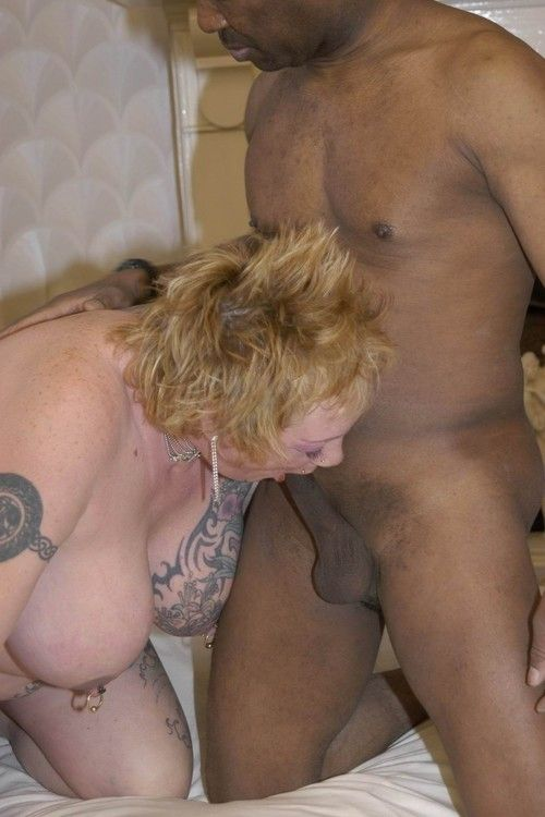 Interracial swingers foursome smoking