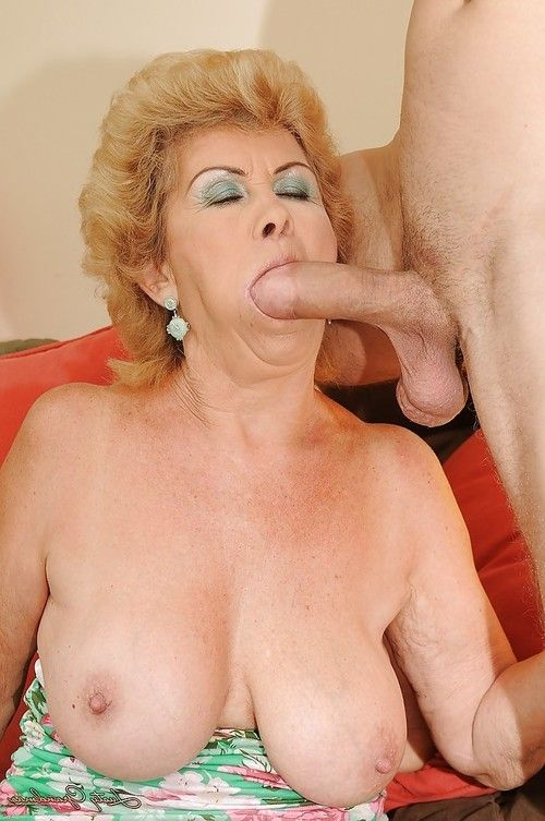 Salacious older bonks a juvenile pride and accepts her bush glazed with cream