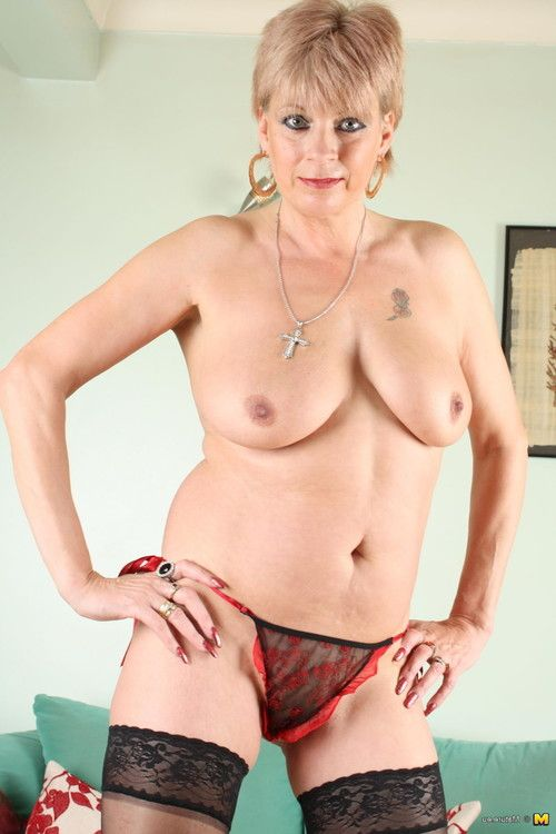 Appealing cougar is looking forward to your massive dick