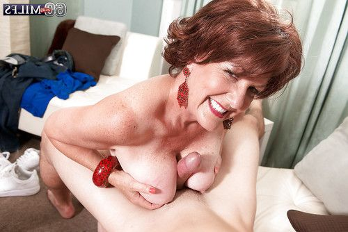 Redheaded grown up Gabriella LaMay unleashing largest zeppelins earlier than giving oral play