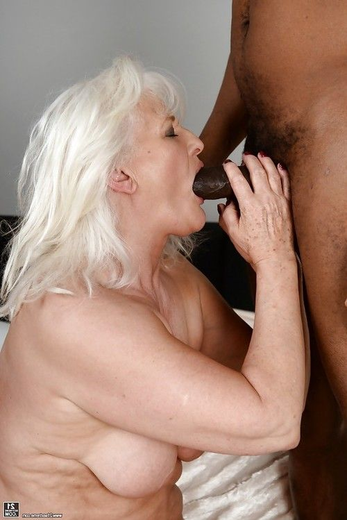 Massive adult blowing off ebony dong for mouthful of semen