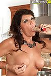 Titsy housewife playing with her cunt