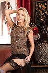 Appealing fairy-haired milf skye taylor tames her aching shiny on top love-cage