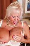 Largest brested american mellow lady feeling a bit appealing